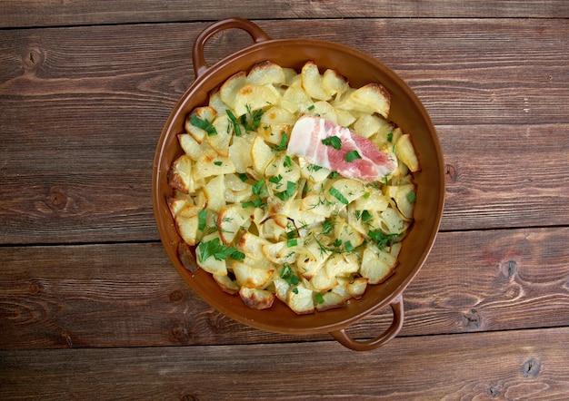Panackelty - plat en cocotte, traditionnel dans tout le nord-est de l'angleterre ragoût de pommes de terre