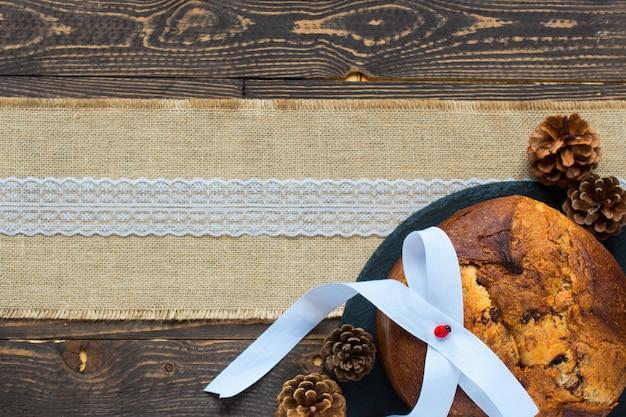 Panettone au chocolat et décoration de noël