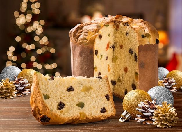 Le panettone est le dessert italien traditionnel de noël