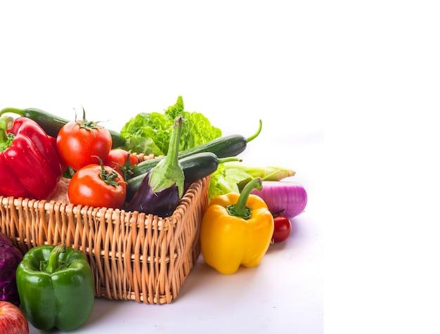 Panier avec des légumes