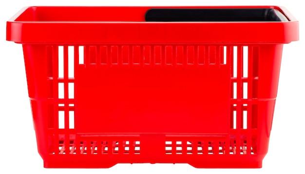 Panier vide rouge isolé sur fond blanc.