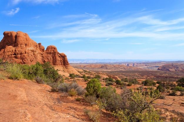 Panorama du désert rouge de arches national park, utah, usa.
