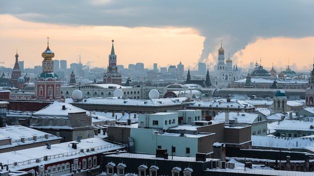 Panorama historique de la ville de moscou en hiver