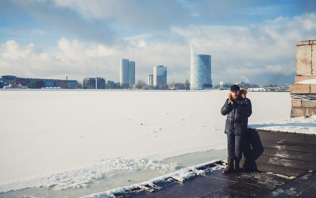 Panorama d'hiver de riga, lettonie