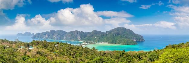 Panorama de l'île de phi phi don, thaïlande