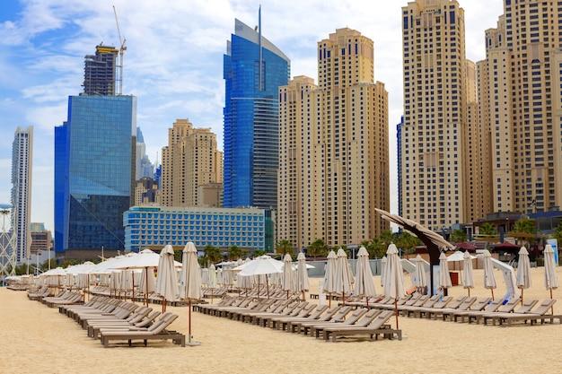 Panorama de la plage de la résidence jumeirah beach dubai