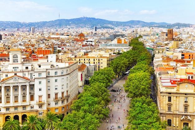 Panorama sur la ville de barcelone depuis le monument de christophe colomb. barcelone. espagne.