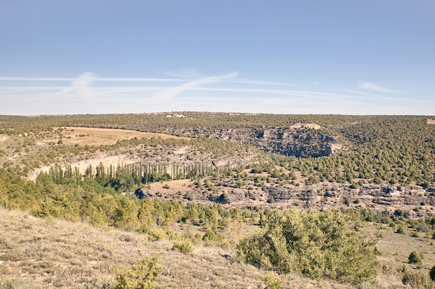 Panoramique des faucilles de la rivière duraton