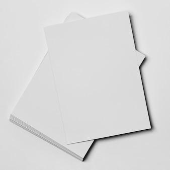 Papier blanc minimaliste et propre pour la papeterie de bureau
