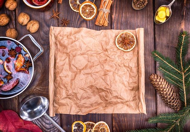Papier brun et ingrédients pour la fabrication de vin chaud