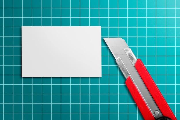 Papier et cutter