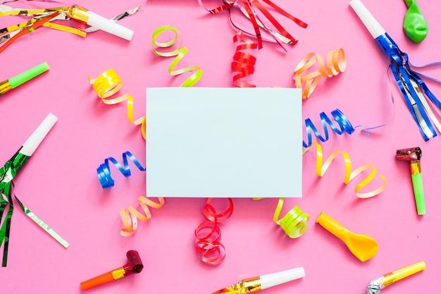 Papier dans les décorations de fête