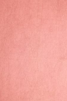 Papier de mûrier de couleur rouge.