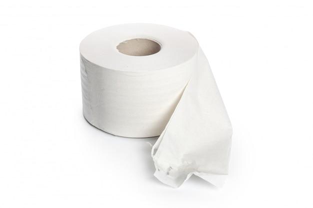 Papier toilette sur fond blanc