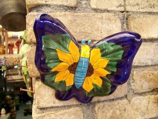 Papillon d'artisanat mexicain, de couleur