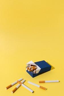 Paquet de cigarettes à angle élevé