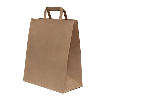 Paquet de papier brun isolé