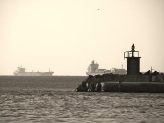 Par les anciens docks