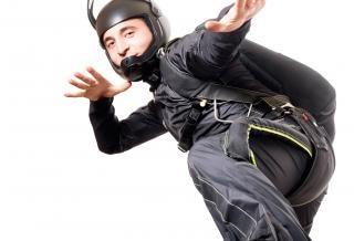 Parachutiste, la joie, isolé