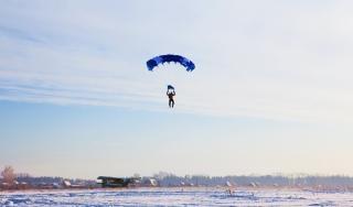 Parachutiste saut