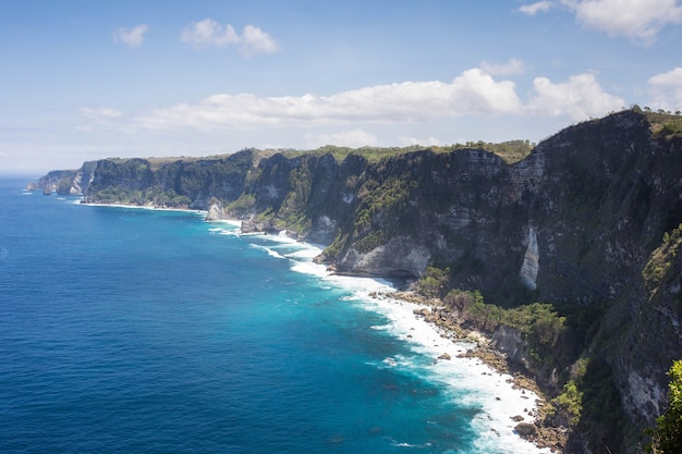 Paradise island nusa penida, magnifique point de manta paysage falaise