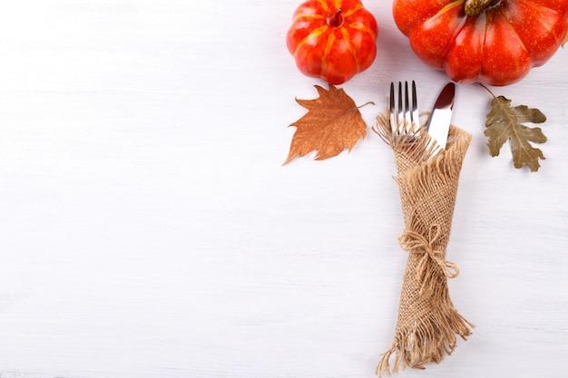 Paramètre de table d'automne thanksgiving