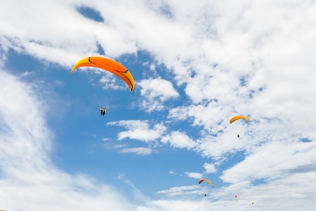 Paraplan voler haut