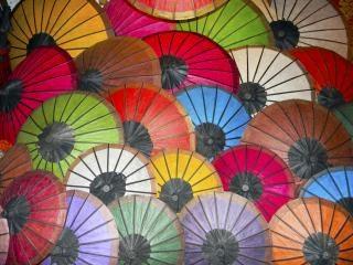 Parapluies, papier