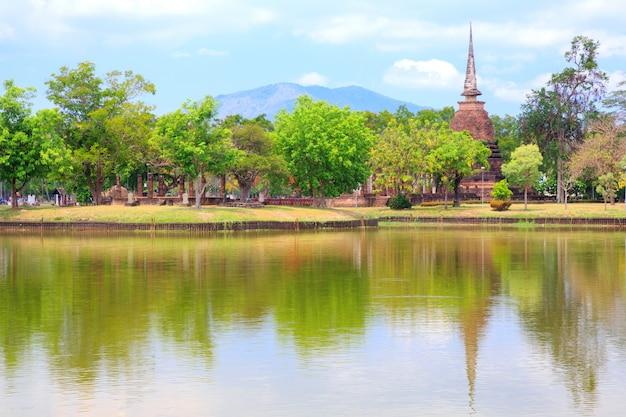 Parc historique de sukhothai en thaïlande