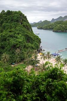 Parc marin national d'angthong près de koh samui, thaïlande