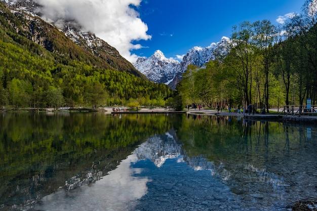Parc national du triglav des alpes juliennes en slovénie
