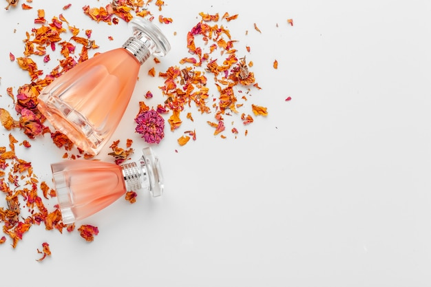 Parfum féminin élégant