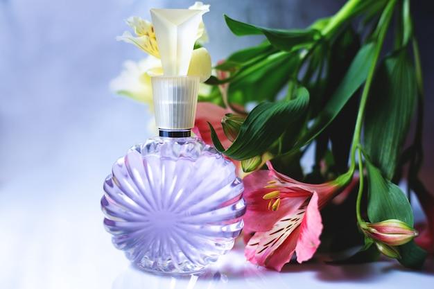 Parfum et fleurs pour femme