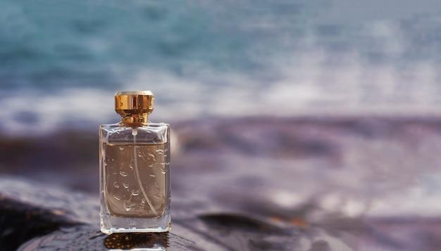 Parfum sur fond de nature