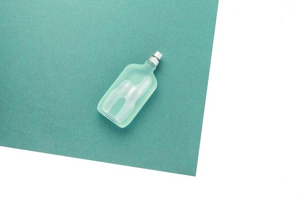 Parfum Homme. Vaporisateur De Bouteille Photo Premium