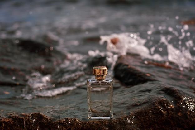 Parfum sur la vague de la mer