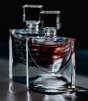 Parfumerie masculine de luxe comme produit de beauté et cosmétique de luxe