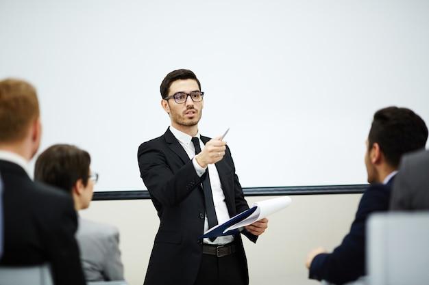 Parler au public