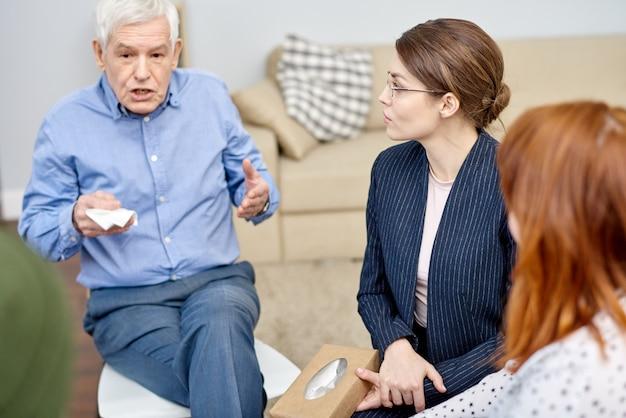 Partager les problèmes avec un psychologue