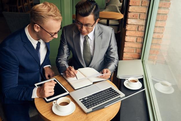 Partenaires d'affaires