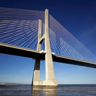 Une partie du pont vasco da gama à lisbonne