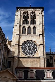 Partie de l'église saint-jean de lyon