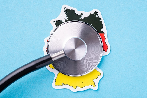 Partie tambour du stéthoscope sur une carte de l'allemagne