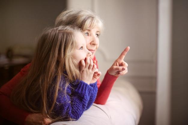 Passer du temps avec grand-mère