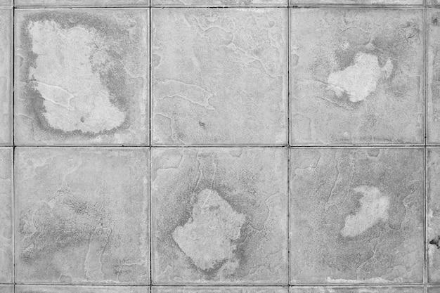 Passerelle carrée de mortier