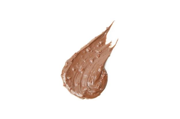 Pâte de chocolat à tartiner isolé sur fond blanc