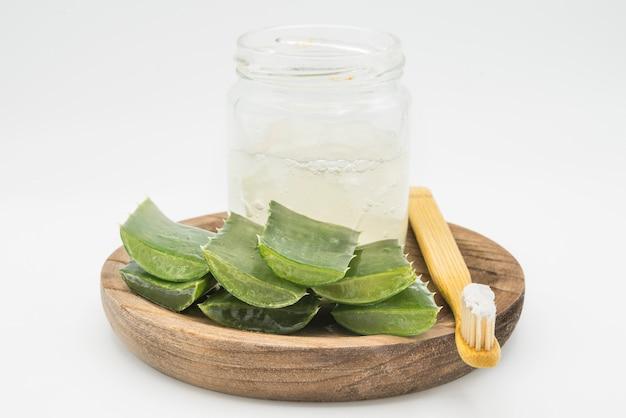 Pâte dentifrice à l'aloe vera fraîche