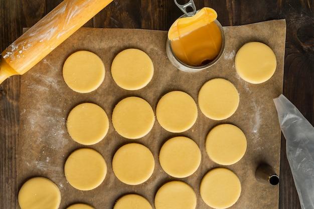 Pâte pour alfajores à plat