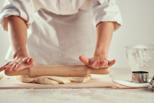 Pâte à rouler produits à base de farine farine de cuisine cuisine devoirs