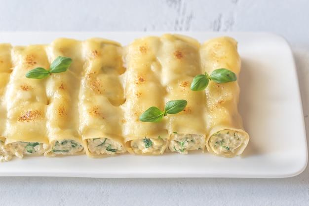 Pâtes cannellonis farcies à la ricotta et aux épinards